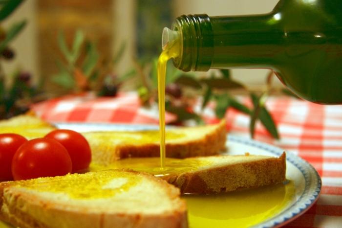bruschetta-con-olio-extravergine-biologico