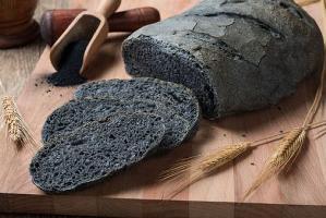 35940633_il-pane-nero-al-carbone-vegetale-fa-bene-male-parola-all-esperto-2